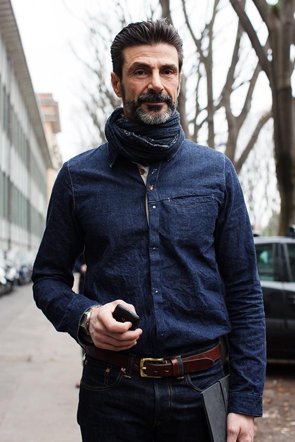 5 cách phối đồ nam với áo sơ mi denim 14