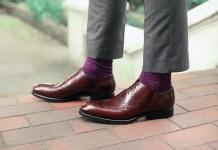 Tự tay... đánh giày