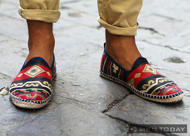 Giày đế cói: Lựa chọn tuyệt vời cho chàng mùa hè