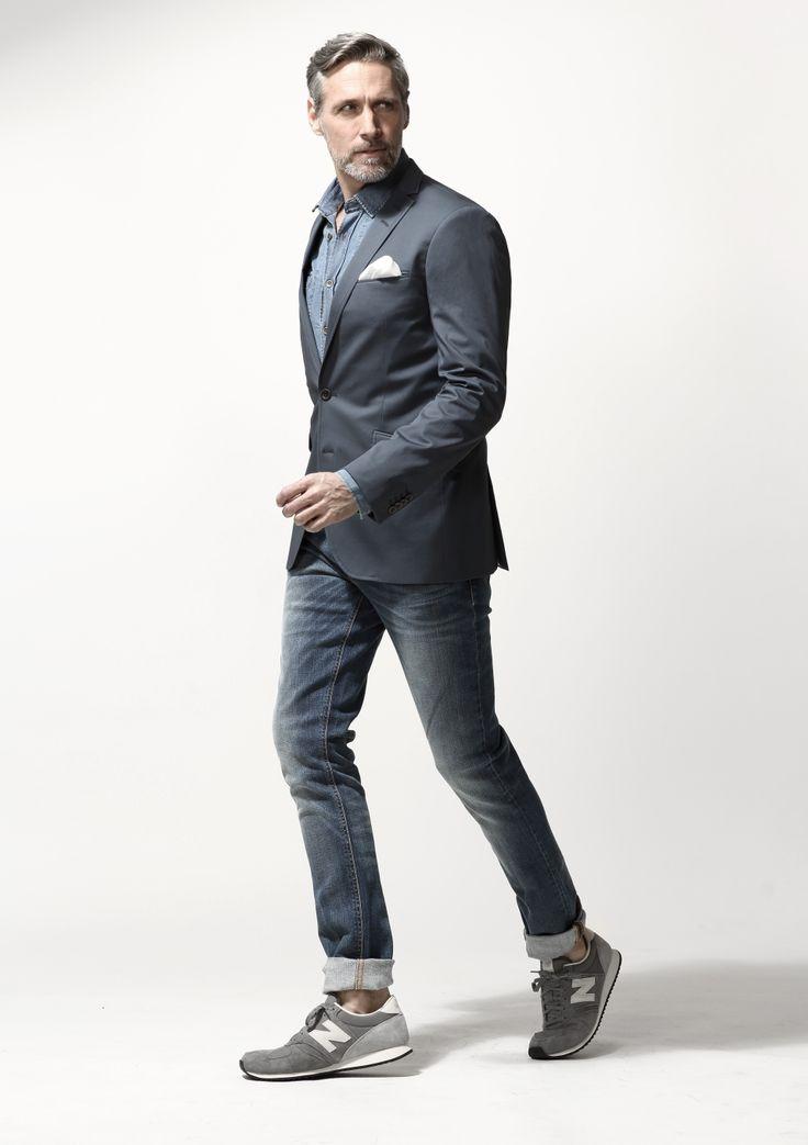 Quý ông nhã nhặn mà trẻ trung với blazer - jeans - sneakers